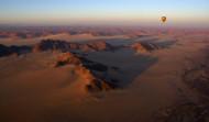 Ballooning over the Namib